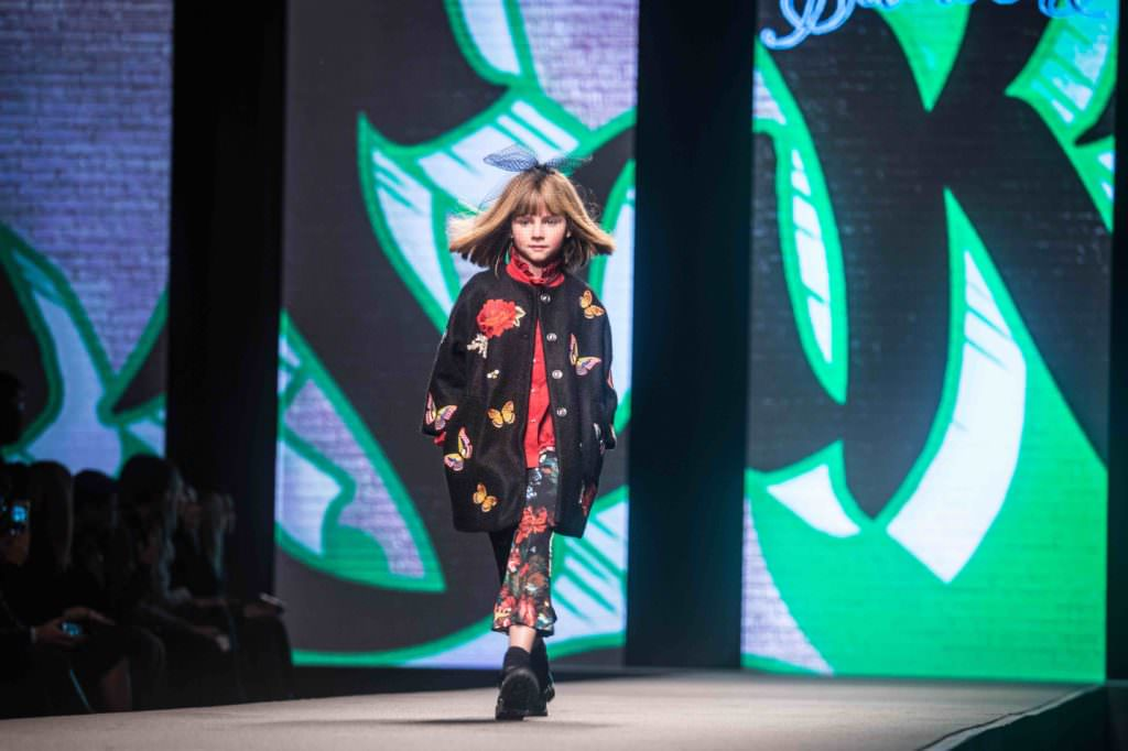 Florals and butterflies, favourite themes at Monnalisa for fall/winter 2017 kidswear