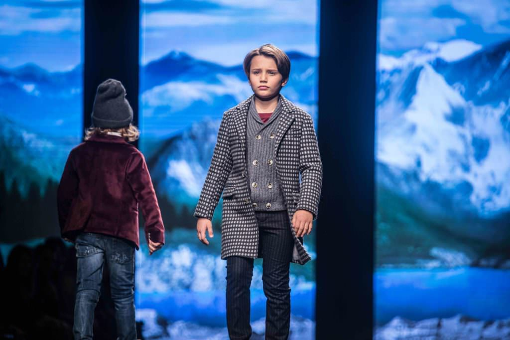 Super cool for boys spotted coat at Monnalisa Hitchhiker catwalk show in Florence