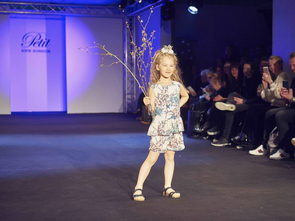Sweet bird floral print at Petit by Sofie Schnoor for summer 2017