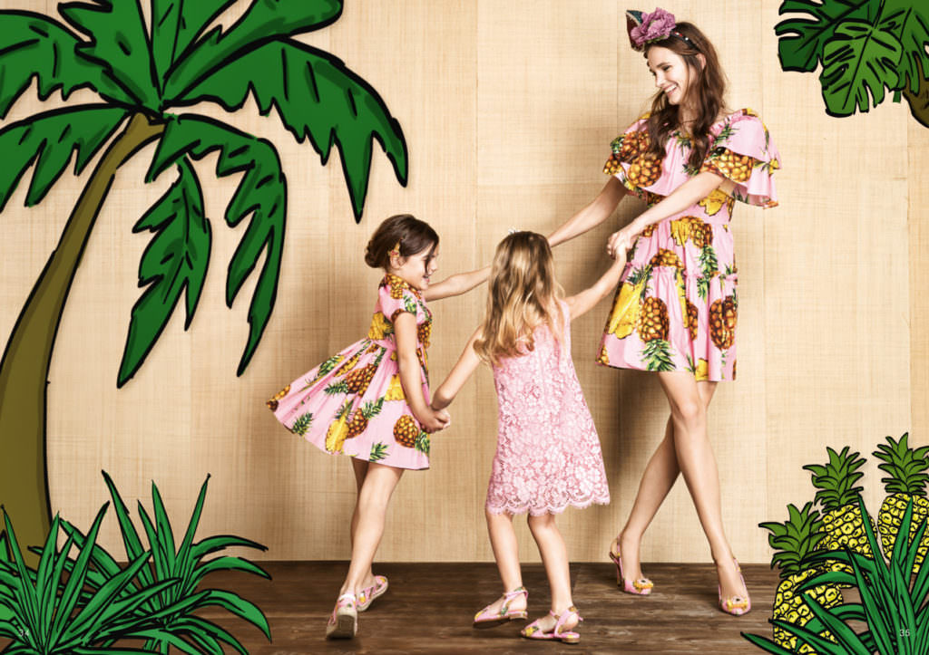 Pineapple and pink lace for summer 2017 from Dolce & Gabbana