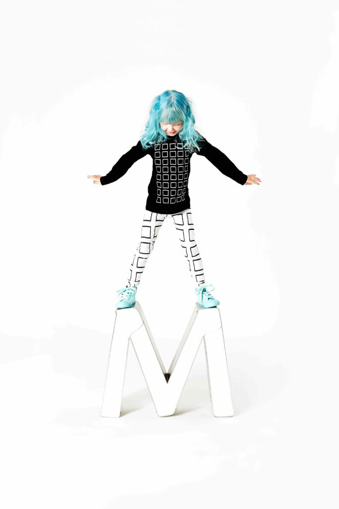 Loving the green hair against the monochrome clothing from Mainio!