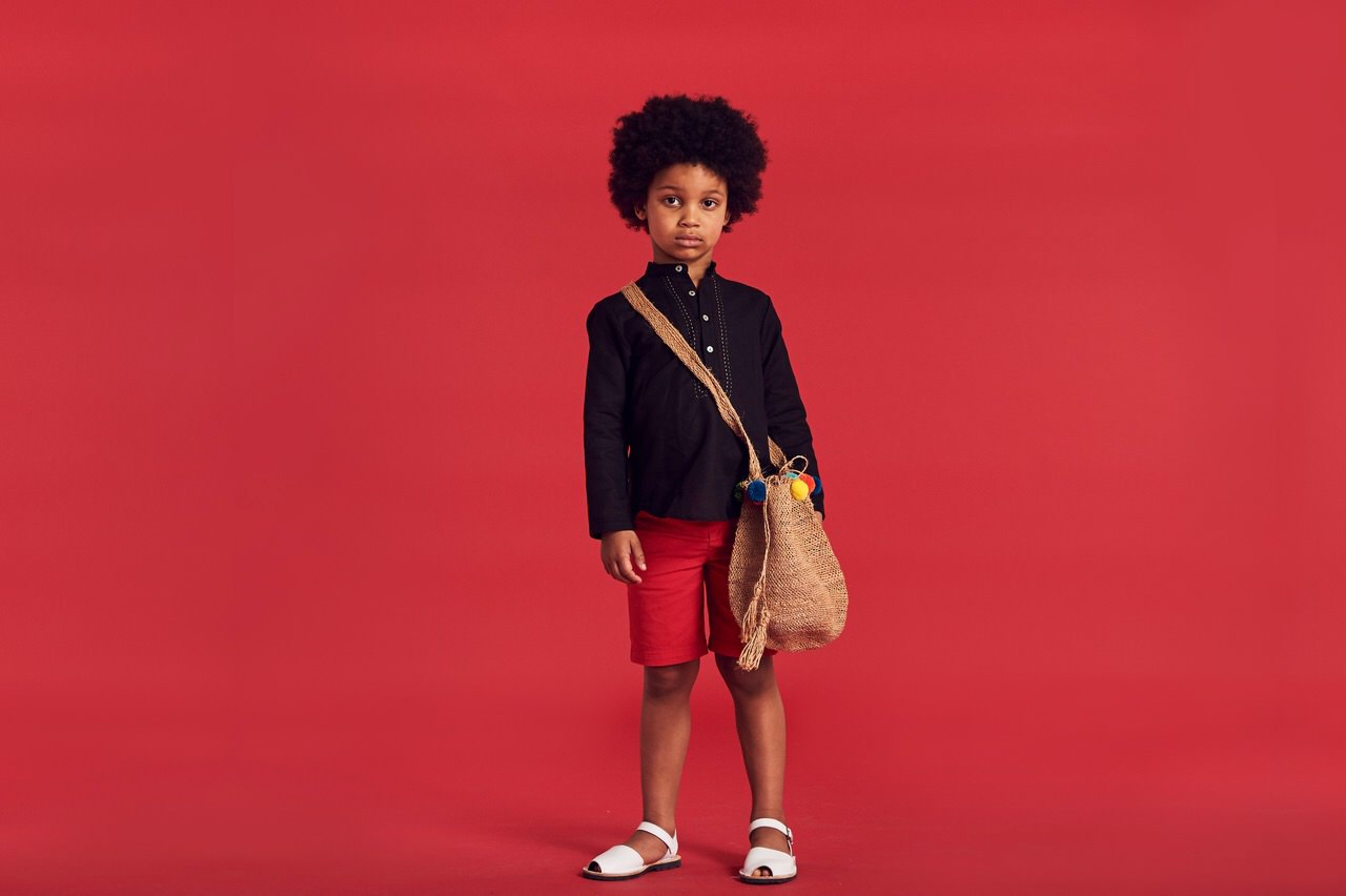 The main colours of the collection are a striking red, black and white for SS17 kidswear