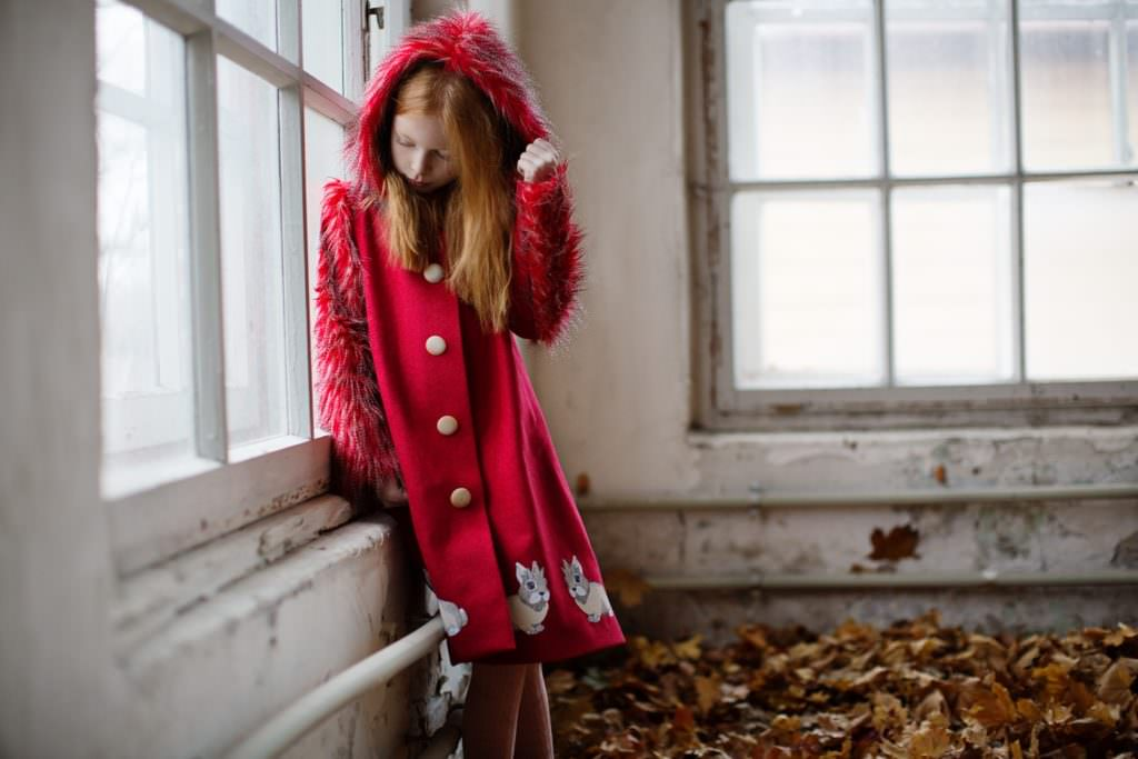 Beautiful red riding hood coat by ISEkids for fall/winter 2017 kidswear