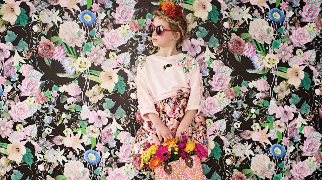 Monnalisa Chic pink sweatshirt,and sunglasses, Pan Con Chocolate Printed Dress, Dolce & Gabbana red sandals, MOON ET MIEL Straw bag all at childrensalon.com