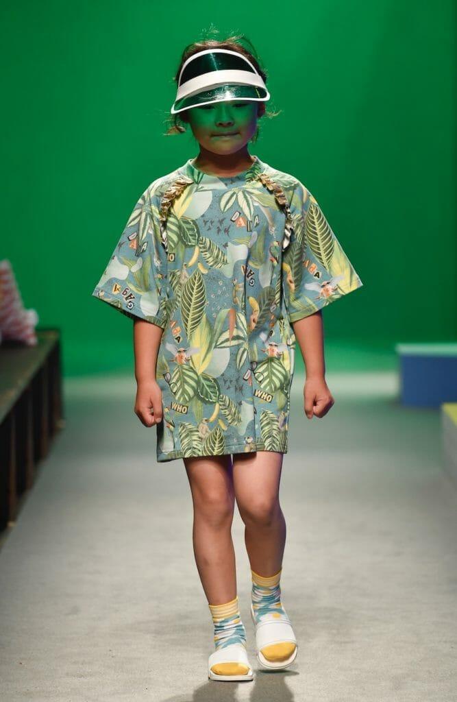 Tropical jungle prints for Raspberry Plum SS19 kids fashion at Pitti Bimbo 87