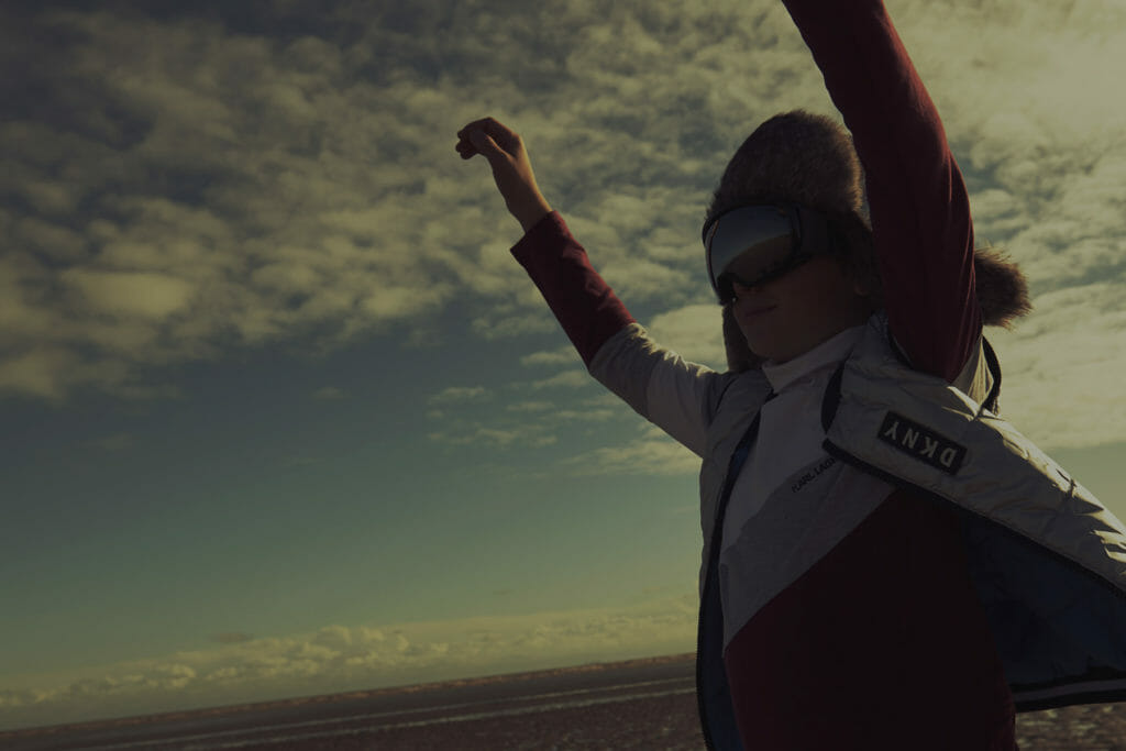 Hat Petit Nord, top Karl Lagerfeld Kids, gilet DKNY, ski goggles Molo all from Childrensalon.com