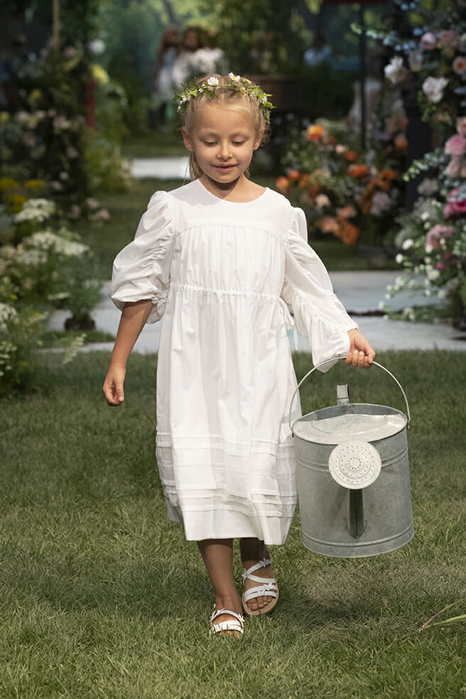 Ruched big sleeves for summer 2020 kids fashion from Il Gufo at Pitti Bimbo