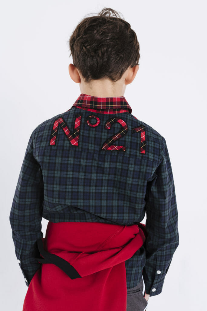 Plaid checks are oh so popular for winter 2019 kids fashion, here on a cool shirt by N21