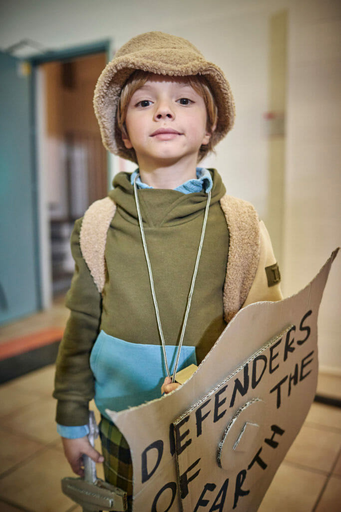 A Defender of the Earth at Il Gufo FW20 kids fashion show