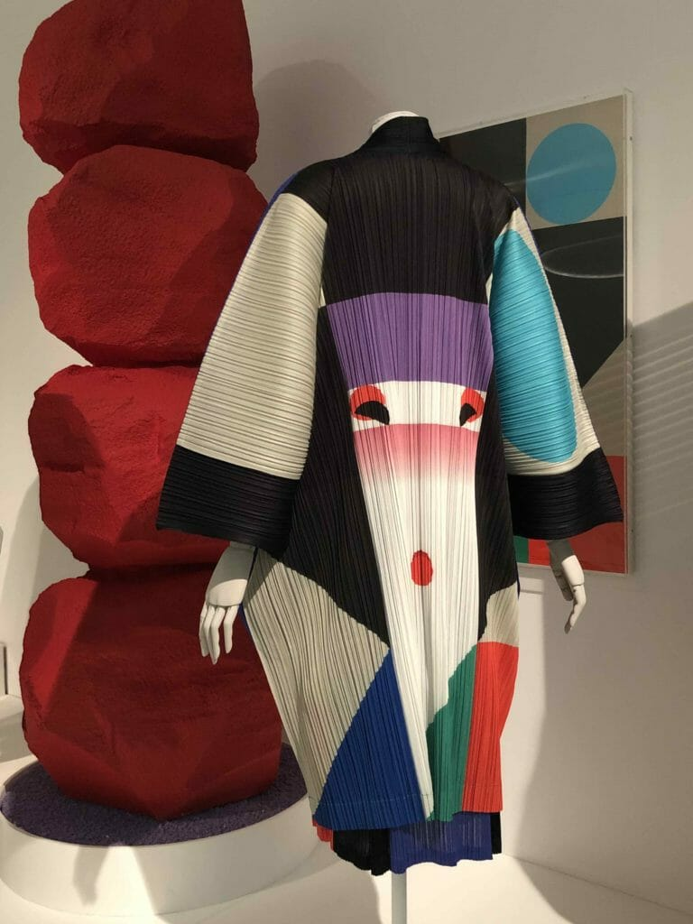 Issey Miyake for Pleats Please in 2016 as an homage to artist Ikko Tanaka