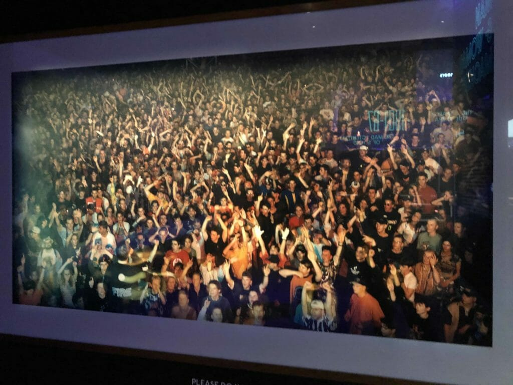 Andreas Gursky photo of 1980's clubbers in Berlin at an electronic dance night