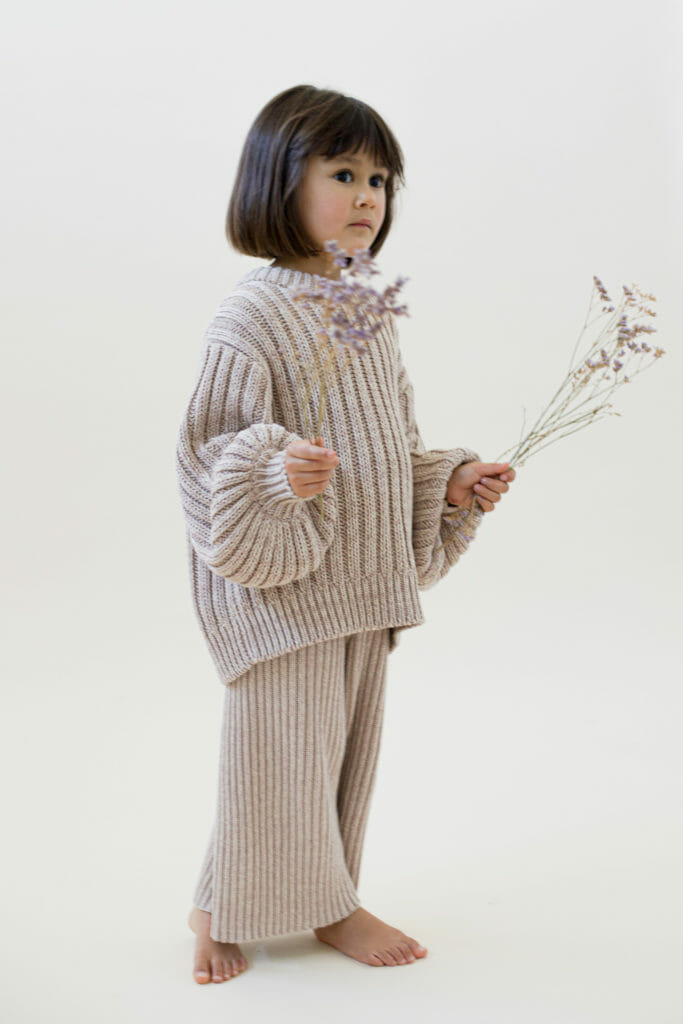 Simple classic adaptable knitwear for children by Sunna Studios FW20