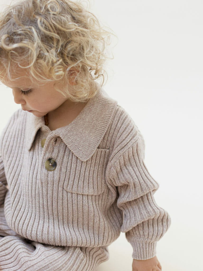 Knits are either undyed or used with natural plant dyes