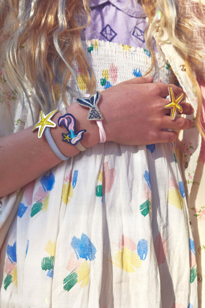 Embroidered hair or wrist bands to collect at STYCH SS21